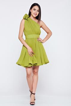 Rochie Ana Radu verde-deschis de lux in clos pe umar din voal captusita pe interior
