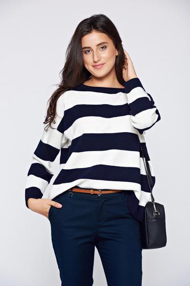 Pulover SunShine albastru-inchis casual scurt tricotat cu croi larg cu maneci lungi si dungi