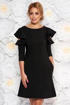 Rochie LaDonna neagra de zi cu croi in A din stofa usor elastica cu volanase la maneca