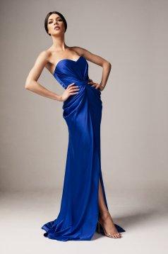 Rochie Ana Radu albastra de lux din material satinat cu umeri goi cu push-up accesorizata cu cordon