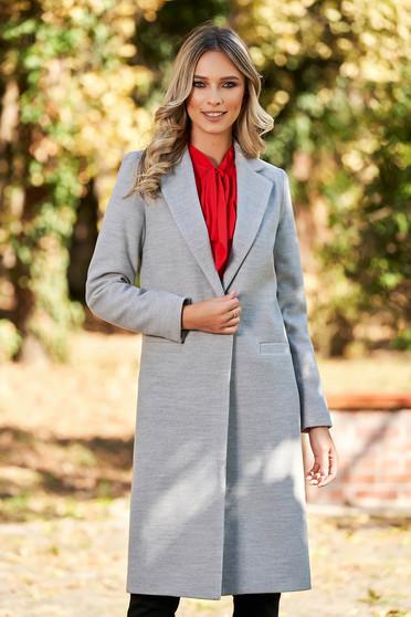Palton LaDonna gri basic cu un croi drept din lana captusit pe interior cu buzunare