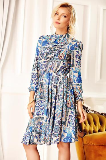 Rochie Fofy albastra eleganta de zi cu volanase cu imprimeu floral