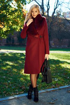 LaDonna burgundy elegant coat with inside lining and fur collar