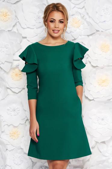 Rochie LaDonna verde-deschis eleganta de zi din stofa usor elastica cu croi in a si volanase la maneca