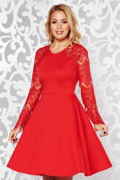 Rochie StarShinerS rosie eleganta in clos cu maneci din dantela