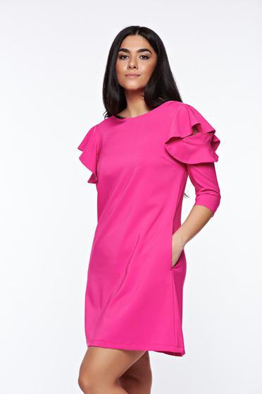 Rochie LaDonna roz de zi cu croi in A din stofa usor elastica cu volanase la maneca