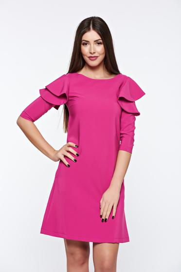 Rochie LaDonna roz prafuit cu croi in a de zi din stofa usor elastica cu volanase la maneca