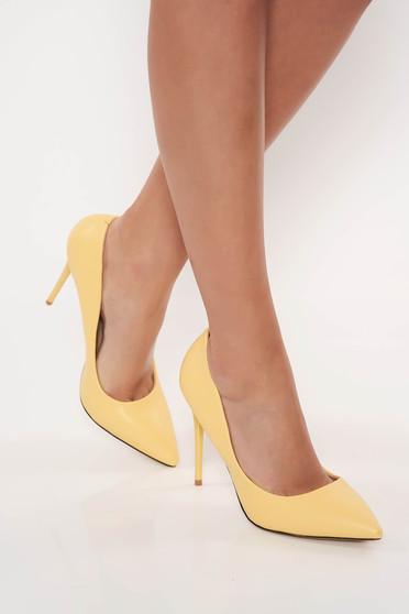 Pantofi galben stiletto office din piele ecologica cu toc inalt cu varful usor ascutit
