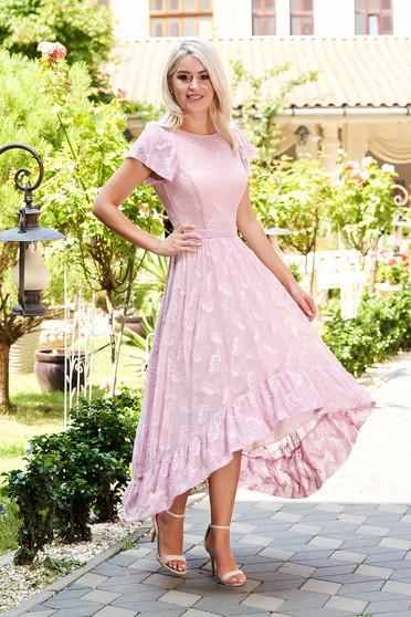 Rochie StarShinerS roz deschis midi eleganta asimetrica in clos din dantela cu maneci tip fluture