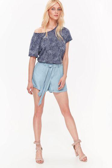 Pantalon scurt Top Secret albastru casual cu talie medie din material neelastic accesorizat cu cordon