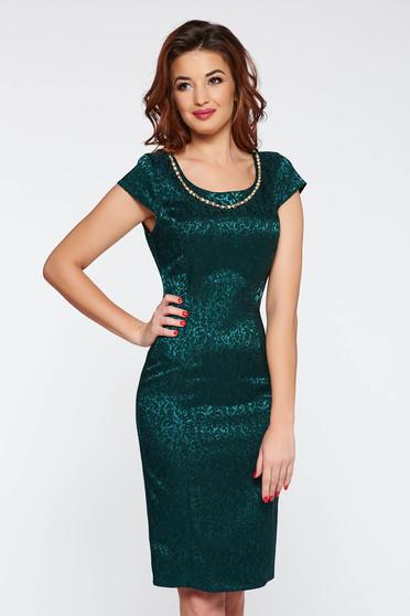 Rochie verde-inchis eleganta tip creion din jaquard cu accesoriu metalic