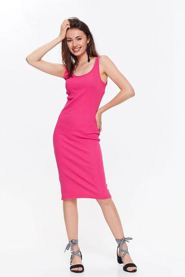 Rochie roz Top Secret casual din bumbac elastic cu un croi mulat cu decolteu rotunjit