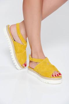 Sandale StarShinerS mustarii casual din piele naturala cu talpa joasa si usoara