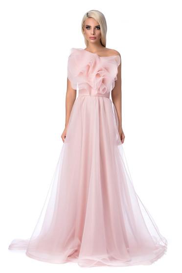 Rochie Ana Radu roz deschis de lux pe umar captusita pe interior din tul cu volanase