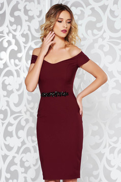 StarShinerS burgundy occasional pencil dress slightly elastic fabric with crystal embellished details