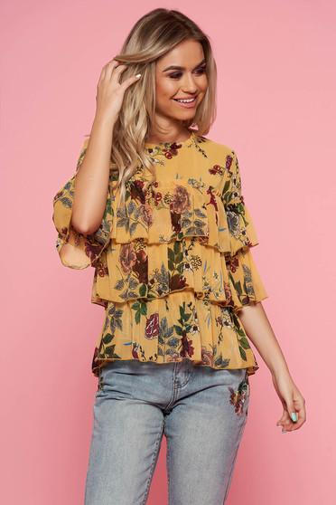 Bluza dama Top Secret galbena casual cu croi larg din material vaporos cu volanase si imprimeuri florale