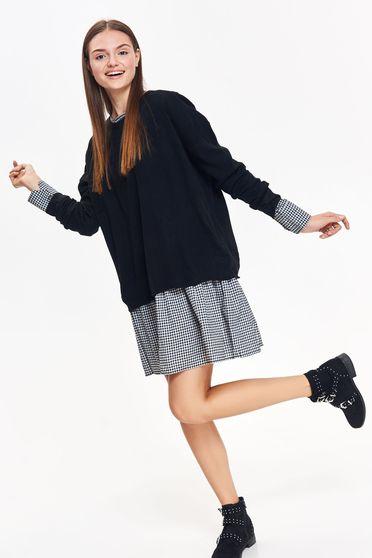 Pulover Top Secret negru casual cu croi larg din material tricotat cu maneci lungi
