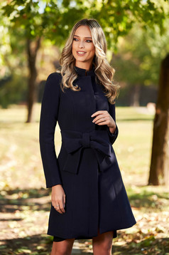 Artista darkblue elegant cloche coat with inside lining accessorized with tied waistband with bow