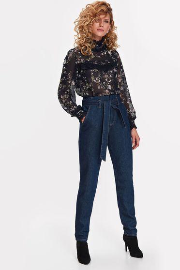 Bluza dama Top Secret albastra-inchis casual guler inalt din voal cu imprimeuri florale