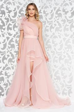 Rochie Ana Radu rosa de lux asimetrica pe umar captusita pe interior accesorizata cu cordon