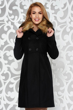 Palton negru elegant din lana captusit pe interior cu buzunare accesorizat cu blana ecologica