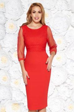 Rochie rosie eleganta tip creion din stofa usor elastica captusita pe interior cu maneci transparente
