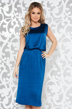 Rochie albastra de ocazie midi fara maneci din material satinat cu elastic in talie