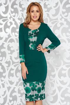 Rochie verde eleganta tip creion cu maneci trei-sferturi din material usor elastic
