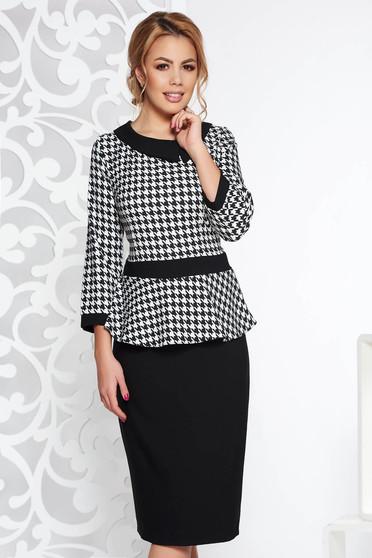 Rochie neagra eleganta tip creion cu peplum cu maneca 3/4 din bumbac usor elastic