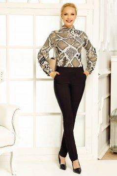 Bluza dama Fofy khaki office pe gat cu un croi mulat din material usor elastic