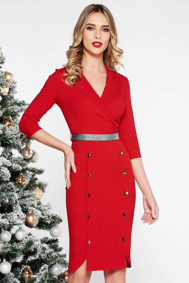 Rochie Fofy rosie eleganta midi din stofa usor elastica accesorizata cu nasturi
