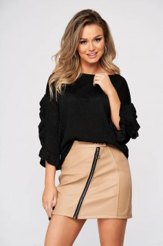 Black sweater casual knitted with cut back flared