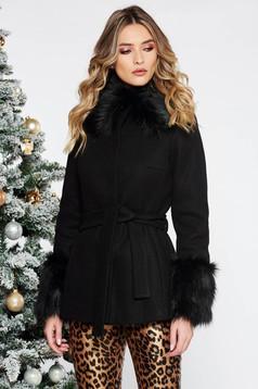 Palton LaDonna negru elegant scurt cu croi larg din lana captusit pe interior accesorizat cu cordon