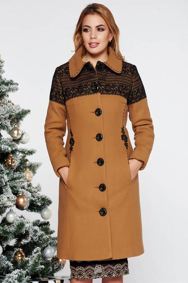 Palton LaDonna mustariu elegant cu un croi cambrat brodat din lana captusit pe interior cu buzunare captusit pe interior
