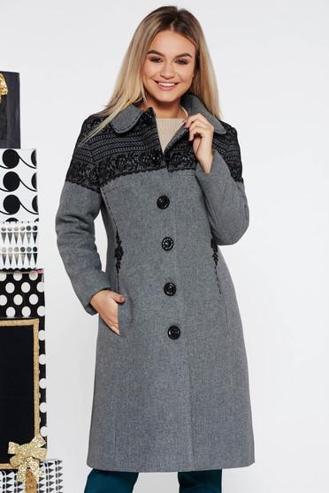 Palton LaDonna gri elegant cu un croi cambrat brodat din lana captusit pe interior cu buzunare captusit pe interior