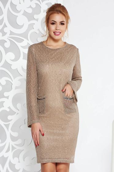 Rochie Fofy crem eleganta cu un croi drept din material tricotat captusita pe interior cu aplicatii cu paiete