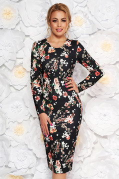Rochie StarShinerS neagra de zi midi cu un croi mulat din material usor elastic cu imprimeu floral