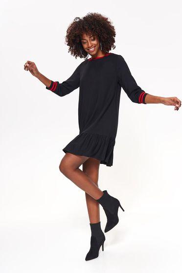 Rochie Top Secret neagra casual cu croi larg din material subtire cu volanase la baza rochiei