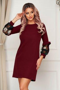 StarShinerS burgundy elegant flared dress slightly elastic fabric with lace details