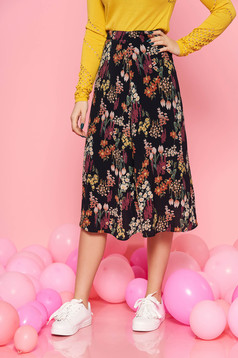 Top Secret black skirt casual high waisted cloche thin fabric with inside lining with floral print