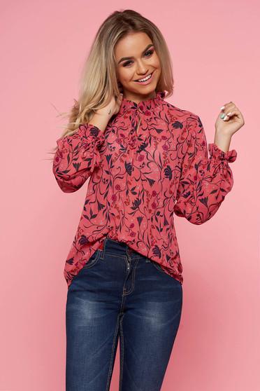 Bluza dama Top Secret roz casual cu croi larg cu maneci lungi cu imprimeu floral