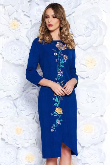 Rochie albastra eleganta cu croi larg din stofa usor elastica cu insertii de broderie