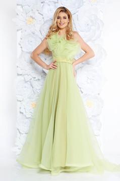Rochie Ana Radu verde-deschis de lux pe umar captusita pe interior din tul cu volanase