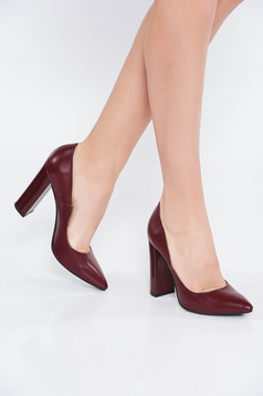 Burgundy office shoes natural leather chunky heel slightly pointed toe tip