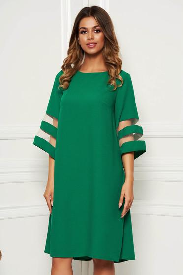 Rochie verde eleganta cu croi larg din stofa neelastica maneci largi