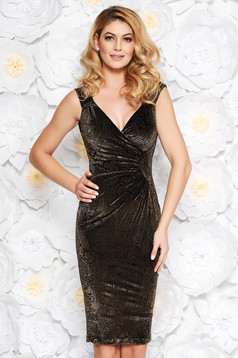 Black occasional pencil velvet dress with inside lining with v-neckline