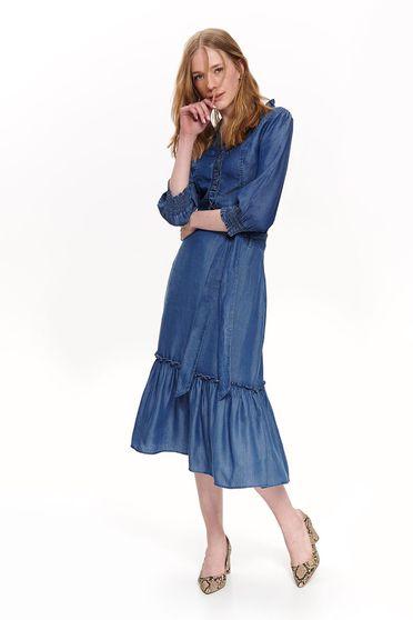 Camasa dama Top Secret albastra casual cu maneci trei-sferturi din material vaporos volanase pe linia decolteului
