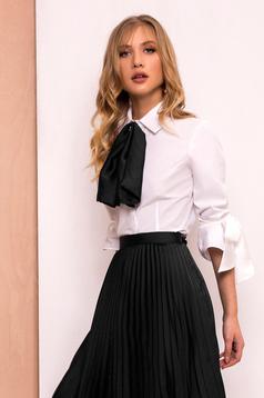 Camasa dama PrettyGirl neagra eleganta cu un croi mulat din material usor elastic cu maneci trei-sferturi