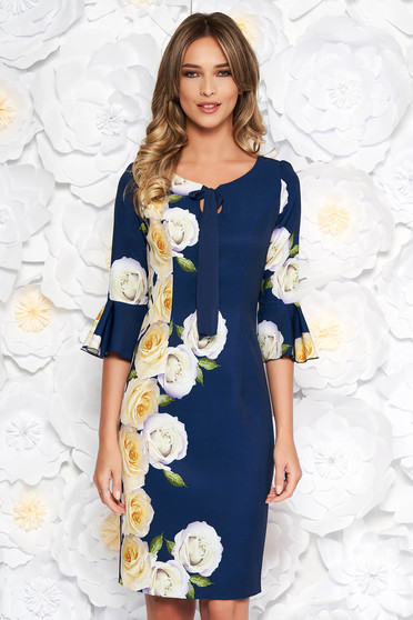 Rochie albastru-inchis eleganta midi tip creion din stofa subtire usor elastica captusita pe interior cu imprimeuri florale