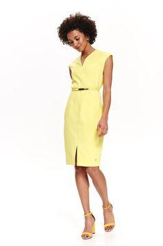Rochie Top Secret galbena eleganta midi tip creion din stofa usor elastica cu accesoriu tip curea